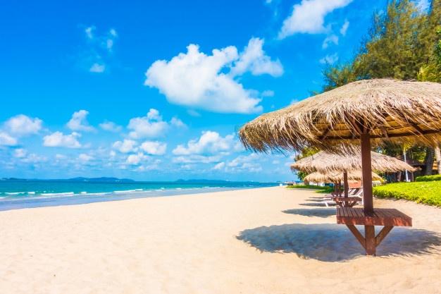 parasol på strand